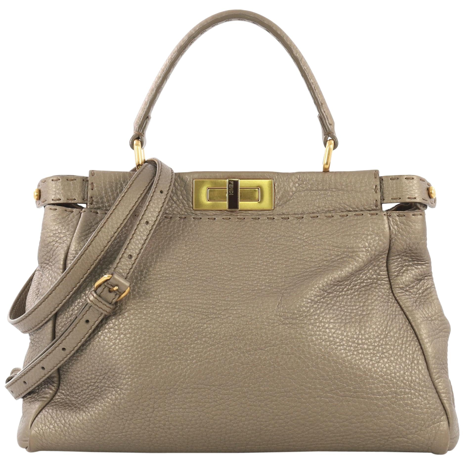 4495ff5ed67 Vintage Fendi Handbags and Purses - 1,065 For Sale at 1stdibs