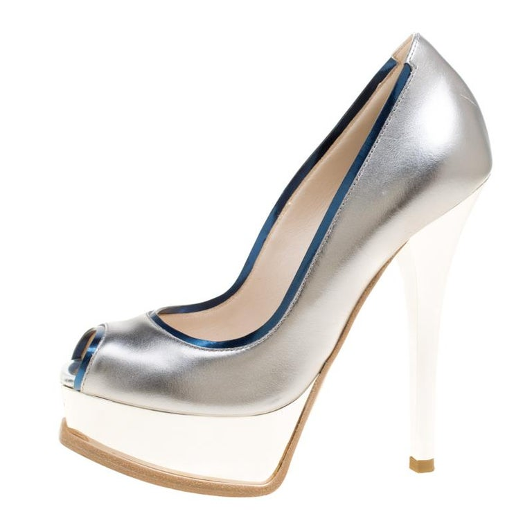 4550ada55c6 Fendi Silver Blue Leather Fendista Peep Toe Platform Pumps Size 35 For Sale  2
