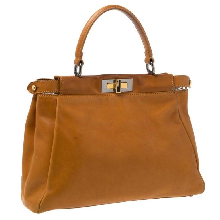 Fendi Tan Leather Medium Peekaboo Top Handle Bag In Good Condition For Sale In Dubai, Al Qouz 2