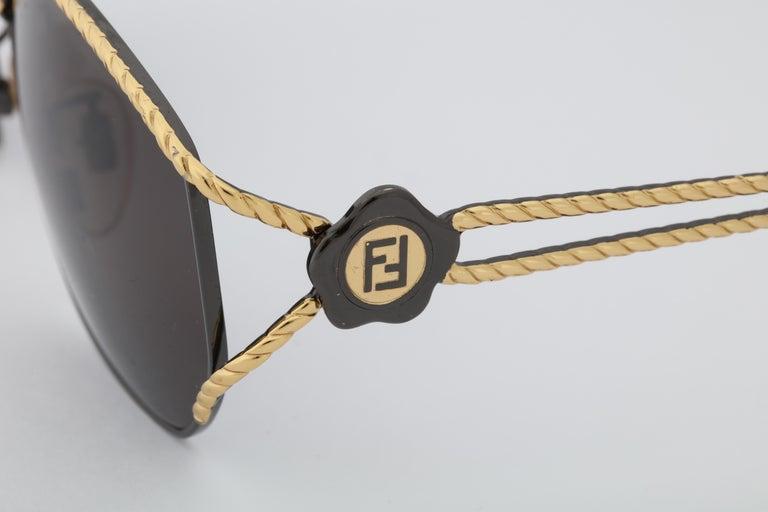Fendi Vintage Sunglasses  In Excellent Condition For Sale In Chicago, IL