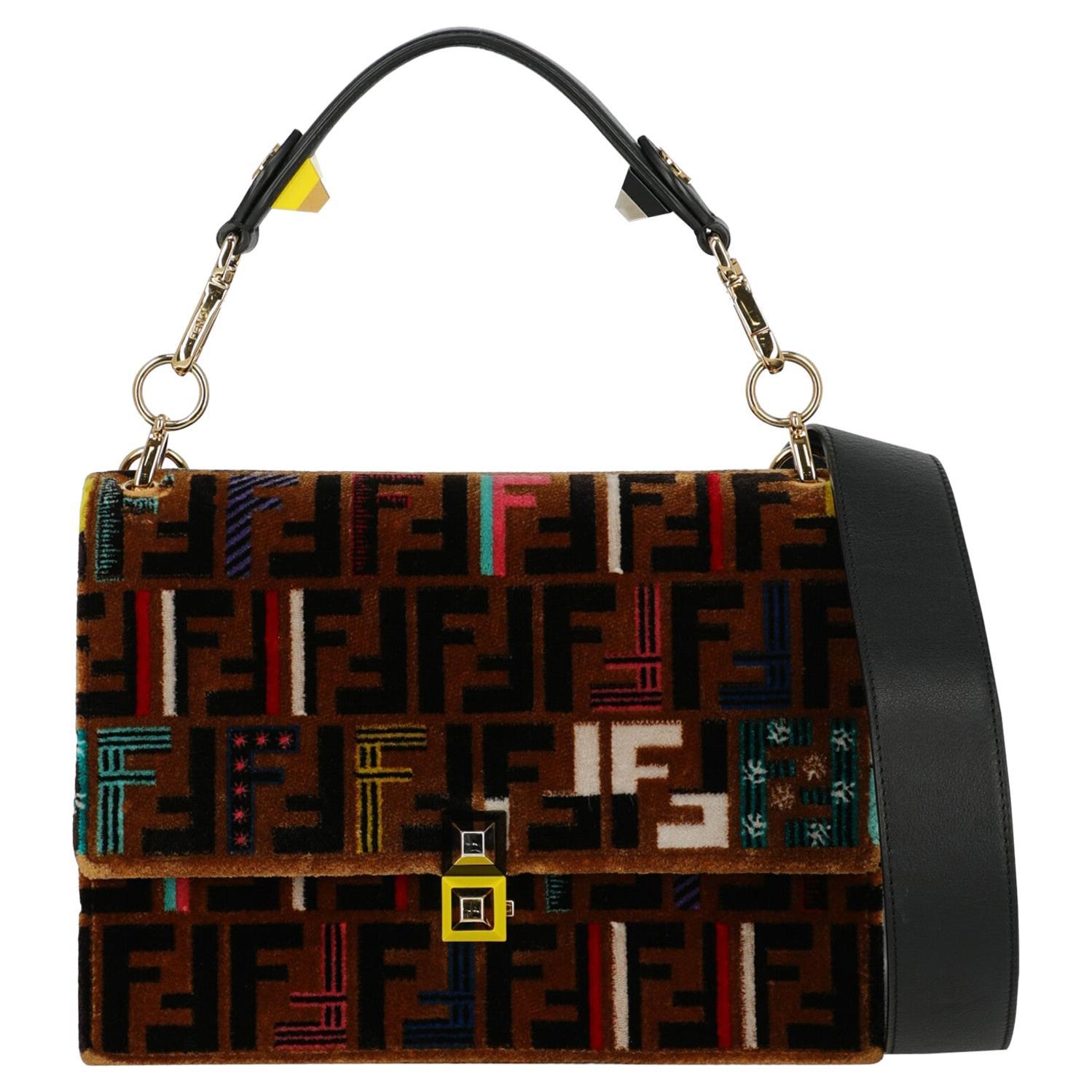 Fendi Women's Crossbody Bag Kan I Black