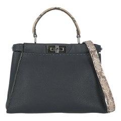 Fendi Women's Handbag Peekaboo Beige/Navy Leather