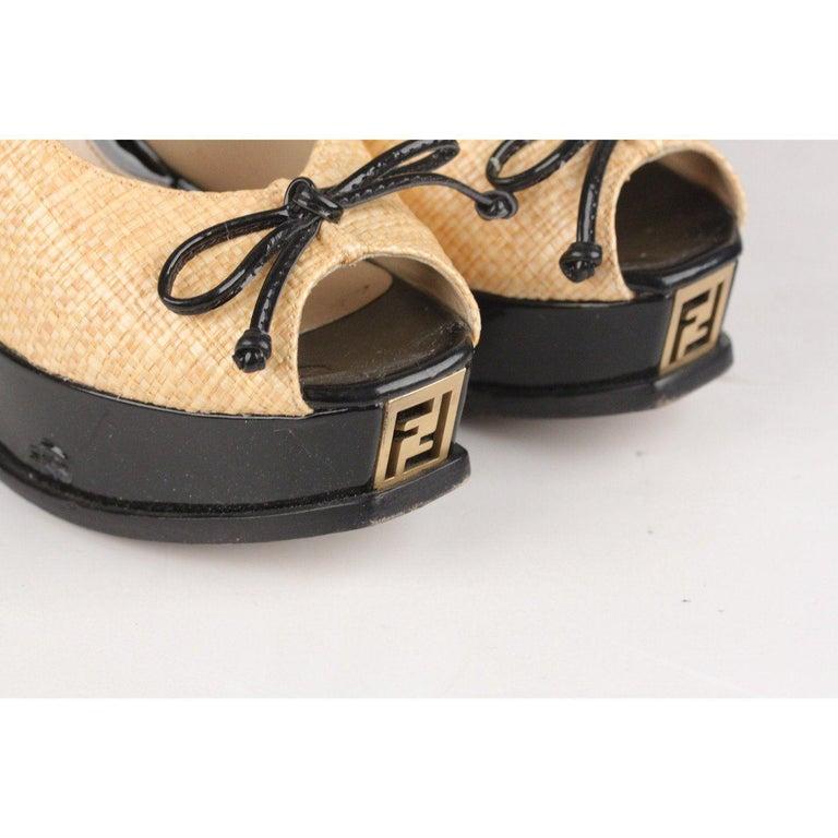 Women's Fendi Woven Raffia Patent Leather Slingback Pumps Size 36 For Sale