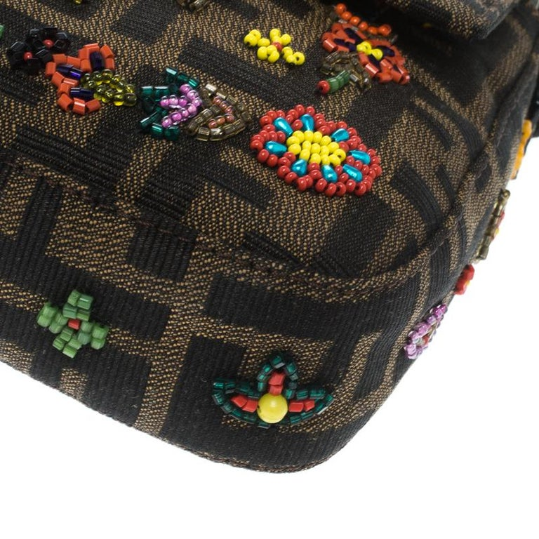 Fendi Zucca/Green Canvas Beaded and Lizard Mama Baguette Shoulder Bag In Good Condition For Sale In Dubai, AE