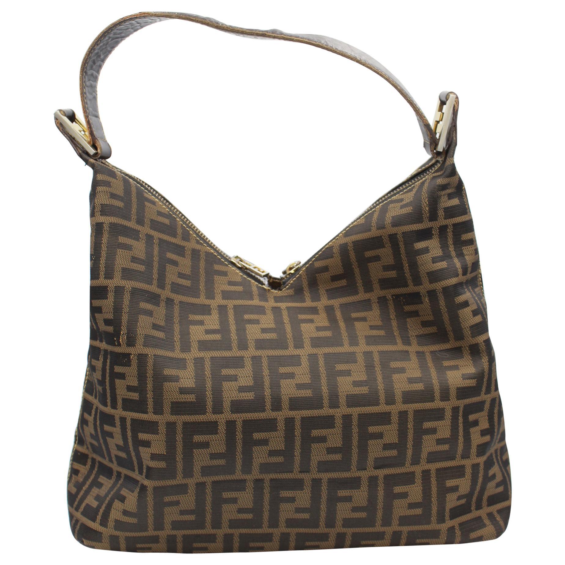c6c4f54677 Vintage Fendi Top Handle Bags - 240 For Sale at 1stdibs