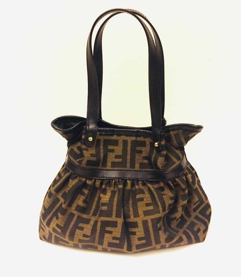 Fendi Zucca monogram small handbag In Excellent Condition For Sale In Sheung Wan, HK