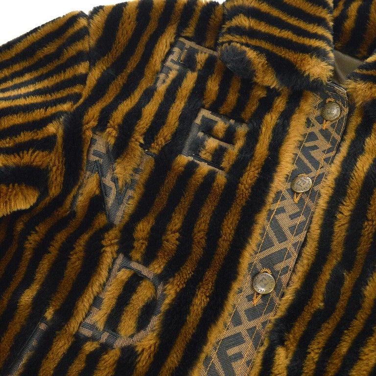 Fendi Zucca Pattern Monogram Women's Logo Black Brown Bomber Jacket Coat In Good Condition For Sale In Chicago, IL