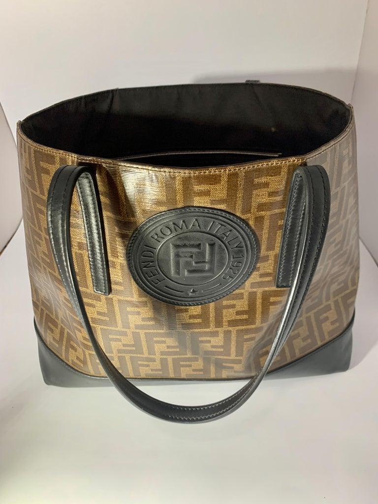 Fendi  Zucca Print  Neverful Tote Shoulder Bag  - Leather/ Canvas, Brown/Black For Sale 5