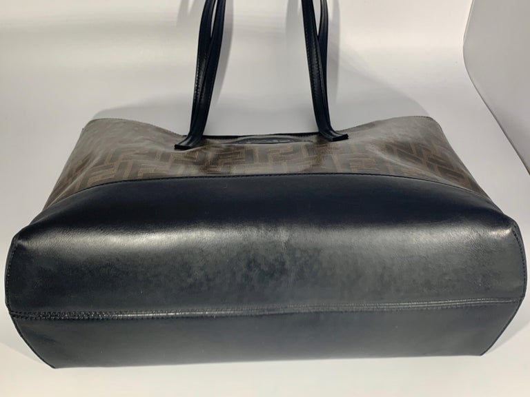 Fendi  Zucca Print  Neverful Tote Shoulder Bag  - Leather/ Canvas, Brown/Black For Sale 1