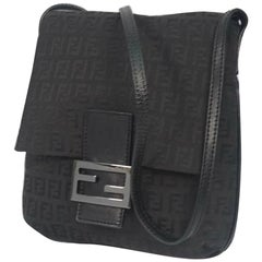 FENDI Zucchino cross body Womens shoulder bag black