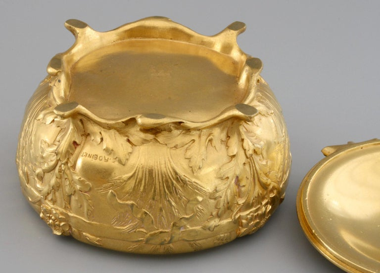 Ferdinand Barbedienne Art Nouveau Gilt Bronze Lidded Box by Robinet For Sale 5