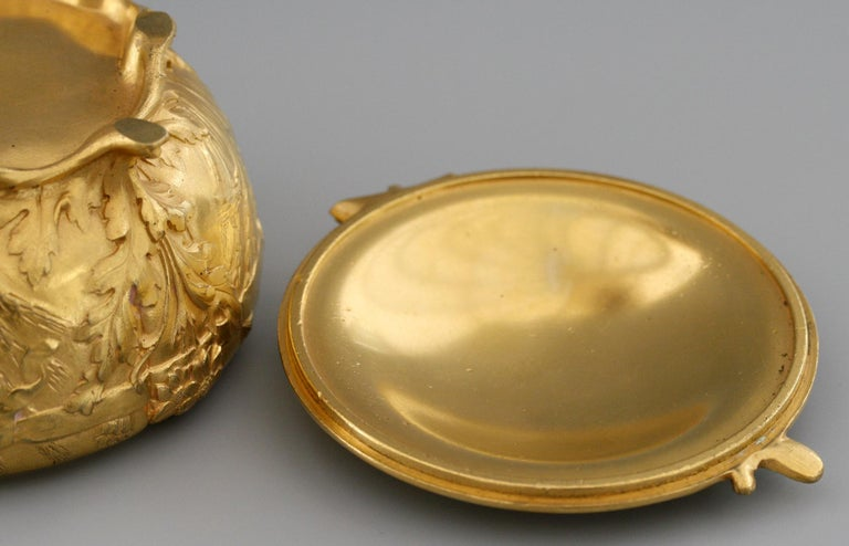 Ferdinand Barbedienne Art Nouveau Gilt Bronze Lidded Box by Robinet For Sale 6