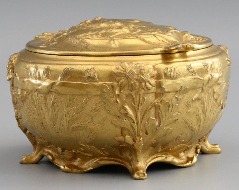 Ferdinand Barbedienne Art Nouveau Gilt Bronze Lidded Box by Robinet For Sale 10