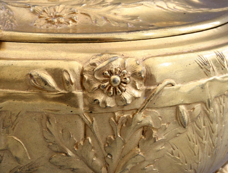 Ferdinand Barbedienne Art Nouveau Gilt Bronze Lidded Box by Robinet For Sale 11