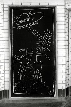 Keith Haring Subway Art photo c.1981 (Keith Haring subway drawings)