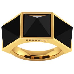 Black Onyx Pyramids 18 Karat Yellow Gold Ring