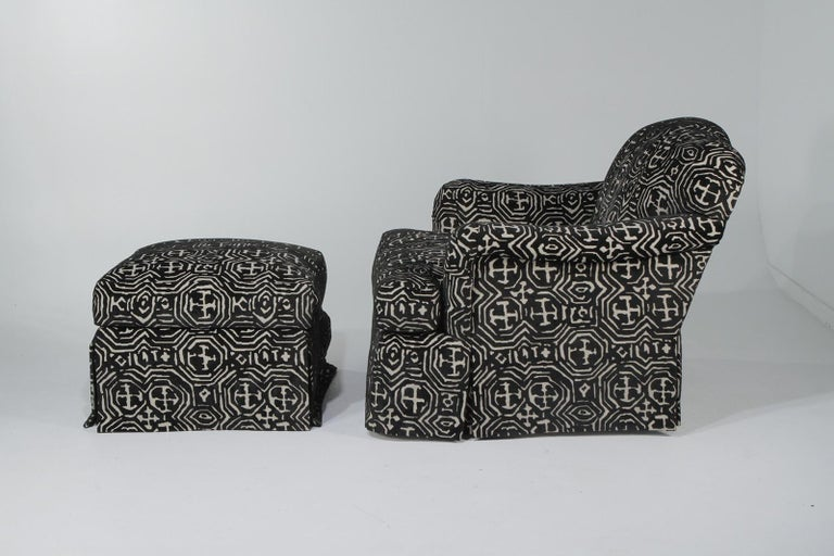 Fetching Black and White Club Chair and Ottoman in Chic Tribal Upholstery In Excellent Condition For Sale In Hopewell, NJ