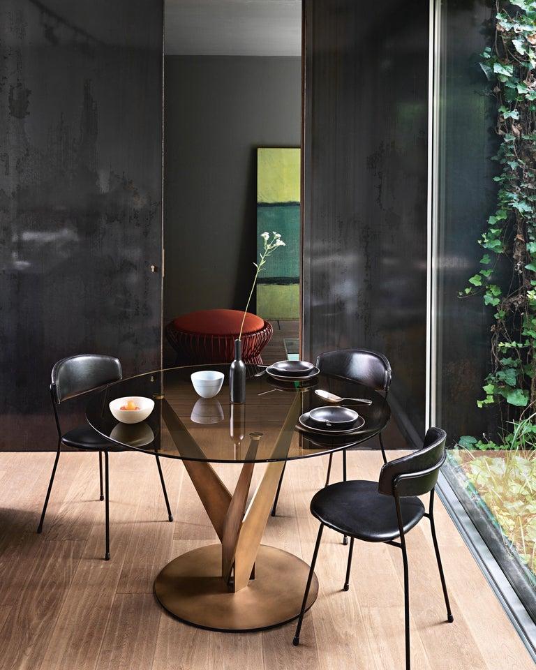 Modern Fiam Epsylon 4210/OB Round Table in Bronze Glass Top, by Fabio Di Bartolomei For Sale