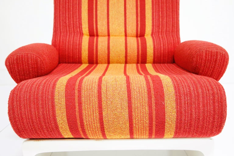 Fiberglass Scoop Lounge Chairs with Striped Fabric by Ernst Moeckl, Germany For Sale 6