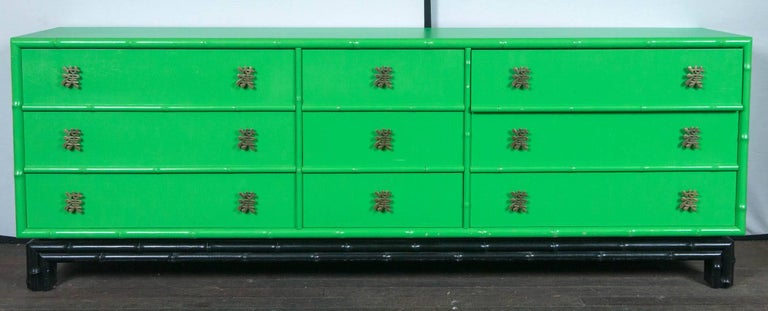 Ficks Reed Chinoiserie Credenza or Long Chest of Drawers In Excellent Condition For Sale In Stamford, CT