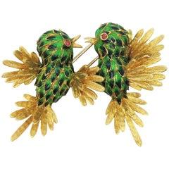 Figural Birds in Flight Brooch Ombre Enamel 18 Karat Yellow Gold Fur Clip