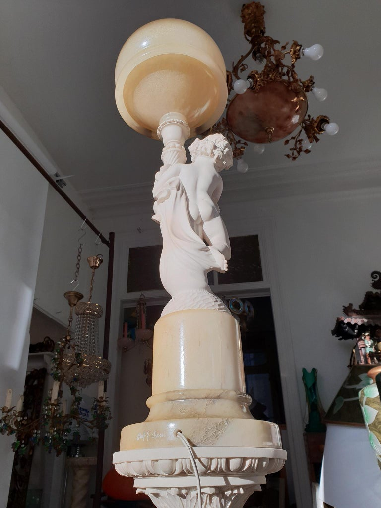 Figural Carved Alabaster Table Lamp on a Column by Prof. G. Bessi For Sale 2