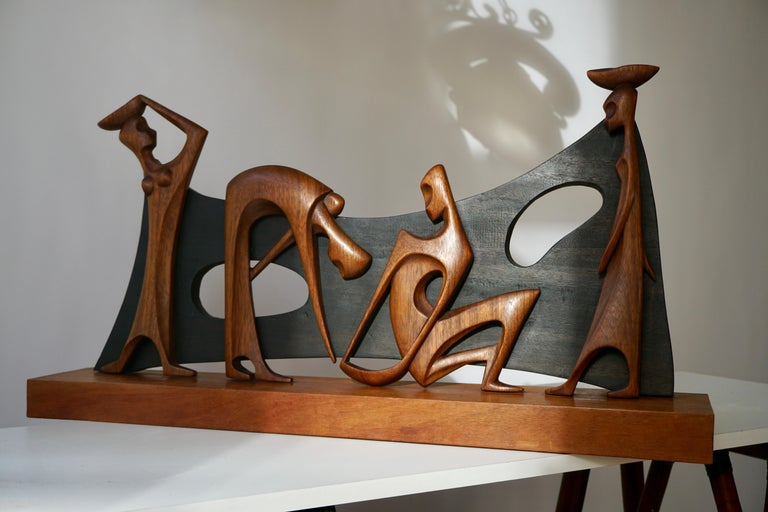 Congolese Figurative Wooden Sculpture For Sale
