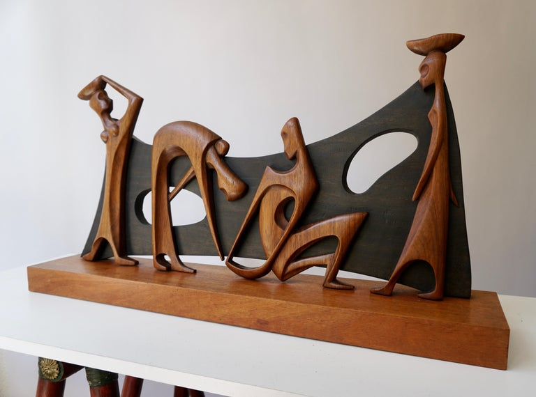 Figurative Wooden Sculpture In Good Condition For Sale In Antwerp, BE