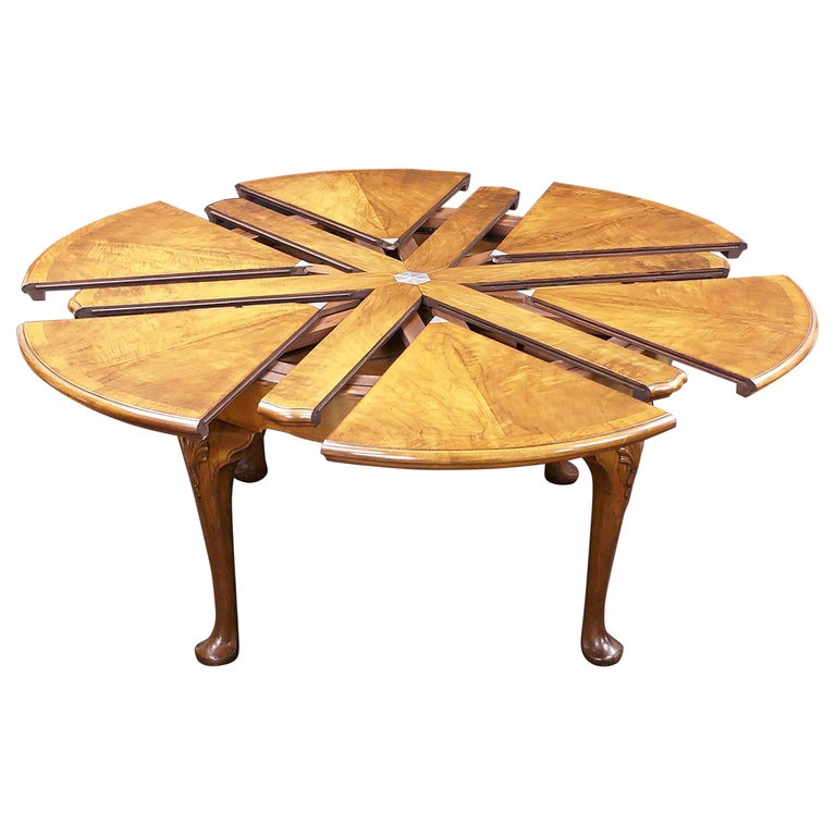 Figured Walnut Extending Circular Table By Gillows For