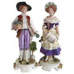 Figurines in German Decorated Meissen Porcelain 'Couple of Gardeners'