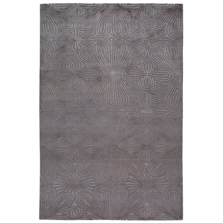 Filigree Hand-Knotted 10x8 Rug in Wool and Silk by Christopher Kane For Sale