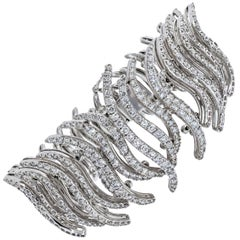 Fine 18 Karat White Gold Diamond Pave Sculpted Strips Bracelet
