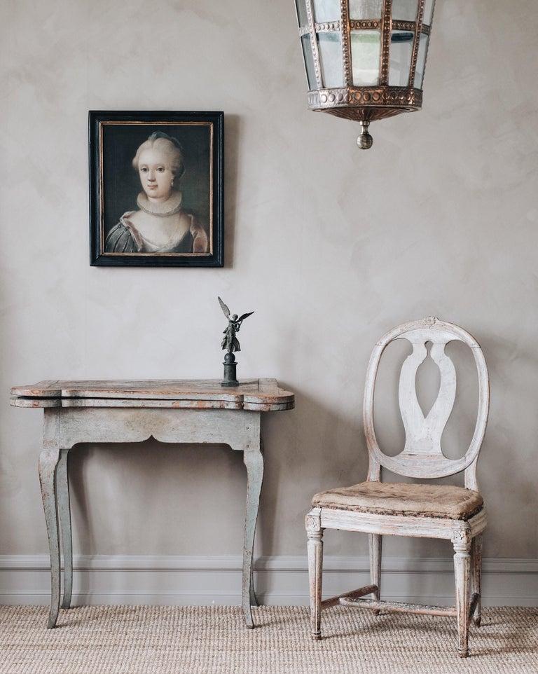 Fine 18th Century Swedish Rococo Table In Good Condition For Sale In Helsingborg, SE
