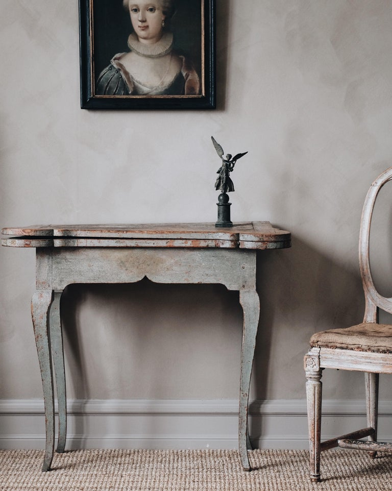 18th Century and Earlier Fine 18th Century Swedish Rococo Table For Sale