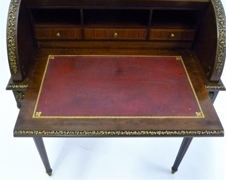 Fine 19th Century François Linke Bronze Mounted Bureau a Cylindre Roll Top Desk For Sale 8