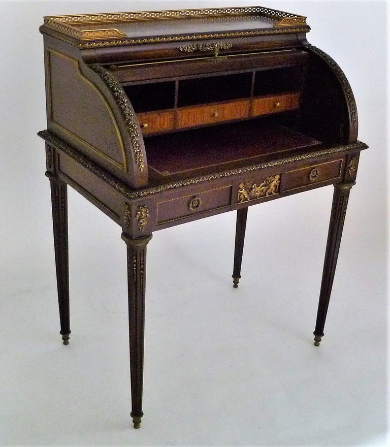 Louis XVI Fine 19th Century François Linke Bronze Mounted Bureau a Cylindre Roll Top Desk For Sale
