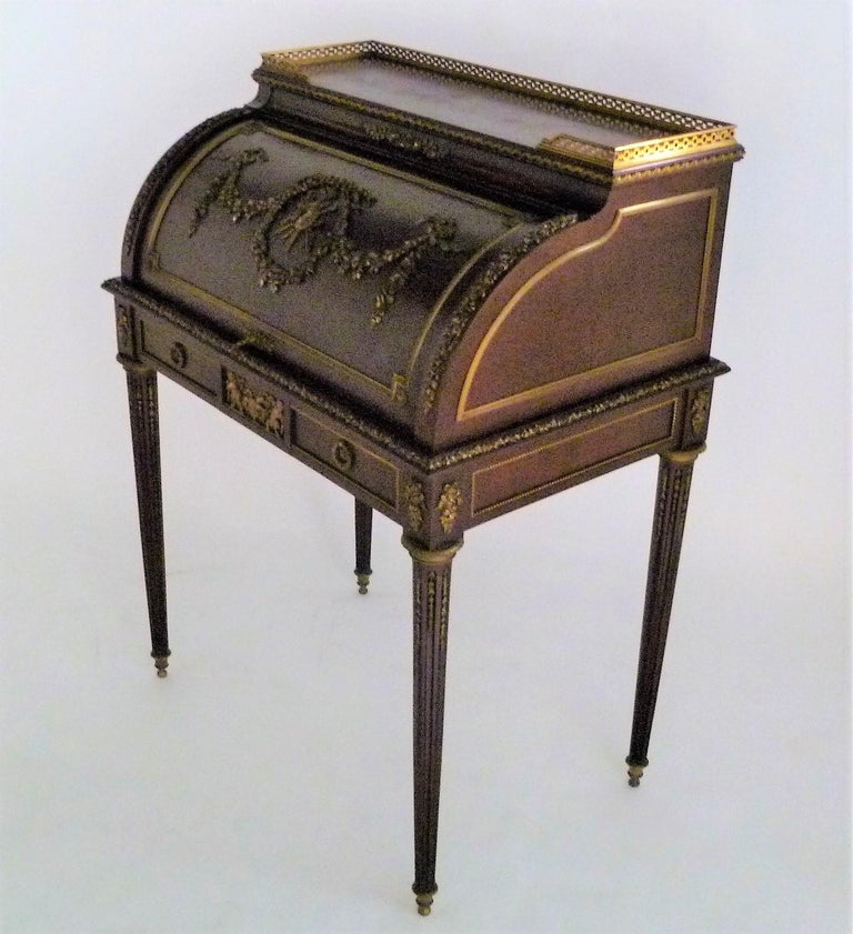 French Fine 19th Century François Linke Bronze Mounted Bureau a Cylindre Roll Top Desk For Sale