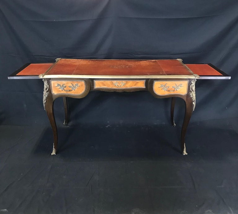 Fine 19th Century French Louis XV Bronze Mounted Kingwood & Walnut Writing Desk For Sale 7