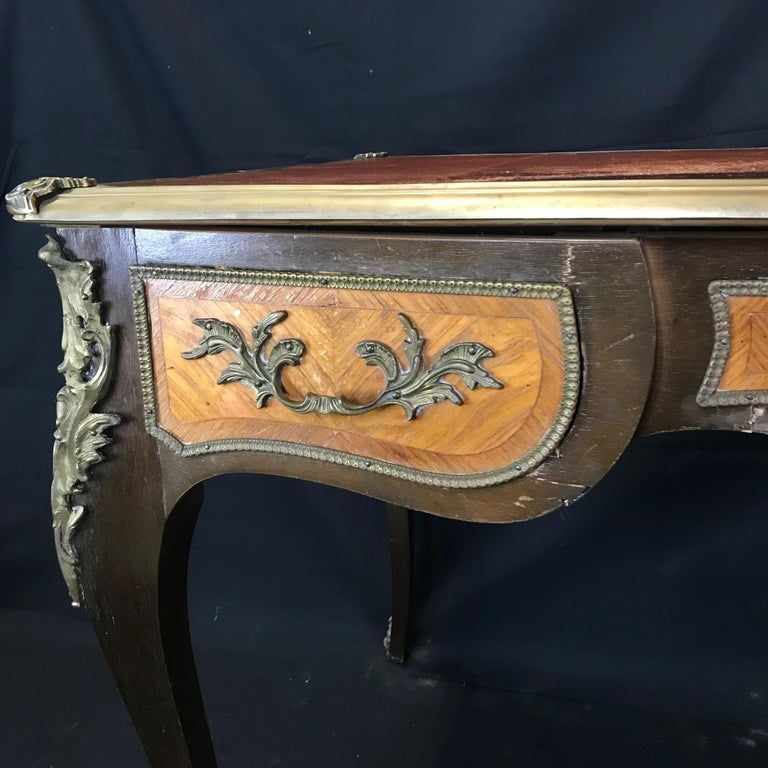 Fine 19th Century French Louis XV Bronze Mounted Kingwood & Walnut Writing Desk For Sale 11