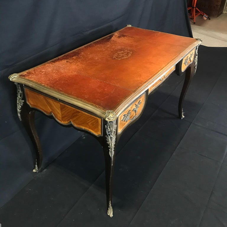 Fine 19th Century French Louis XV Bronze Mounted Kingwood & Walnut Writing Desk For Sale 3