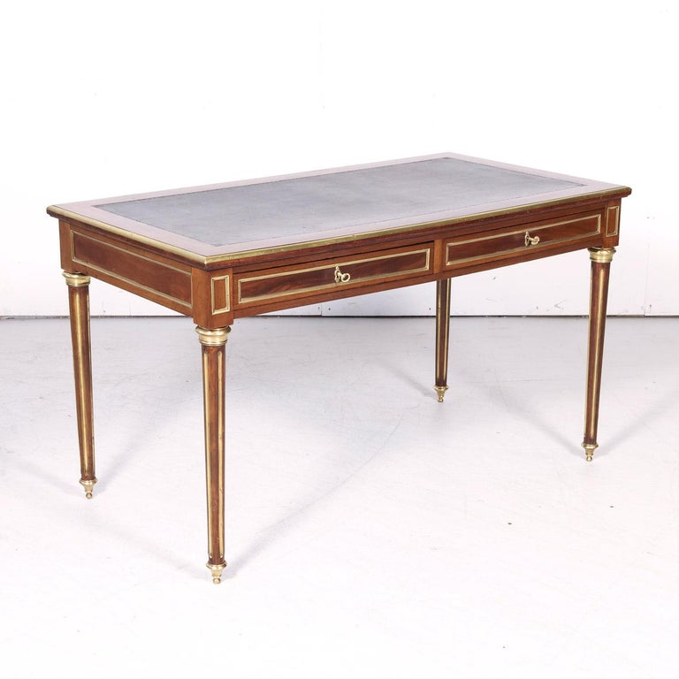 Fine 19th Century French Louis XVI Style Desk with Leather Top and Brass Accents For Sale 2