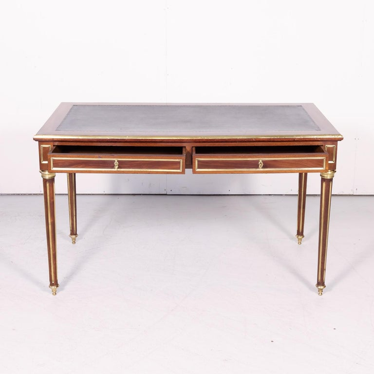 Fine 19th Century French Louis XVI Style Desk with Leather Top and Brass Accents For Sale 3