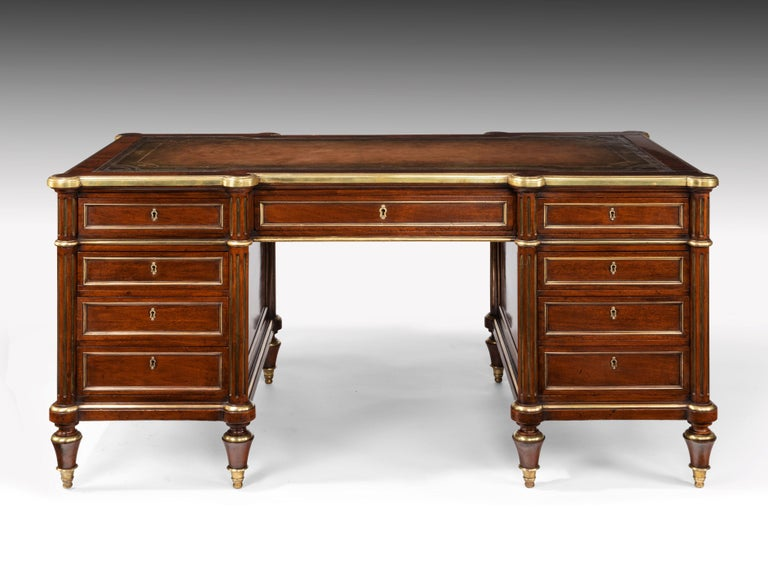 Fine 19th Century Gillows Brass-Mounted Mahogany Pedestal Desk For Sale 5