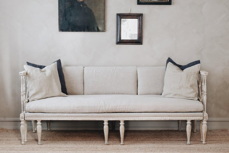 Swedish Fine 19th Century Gustavian Daybed Sofa For Sale