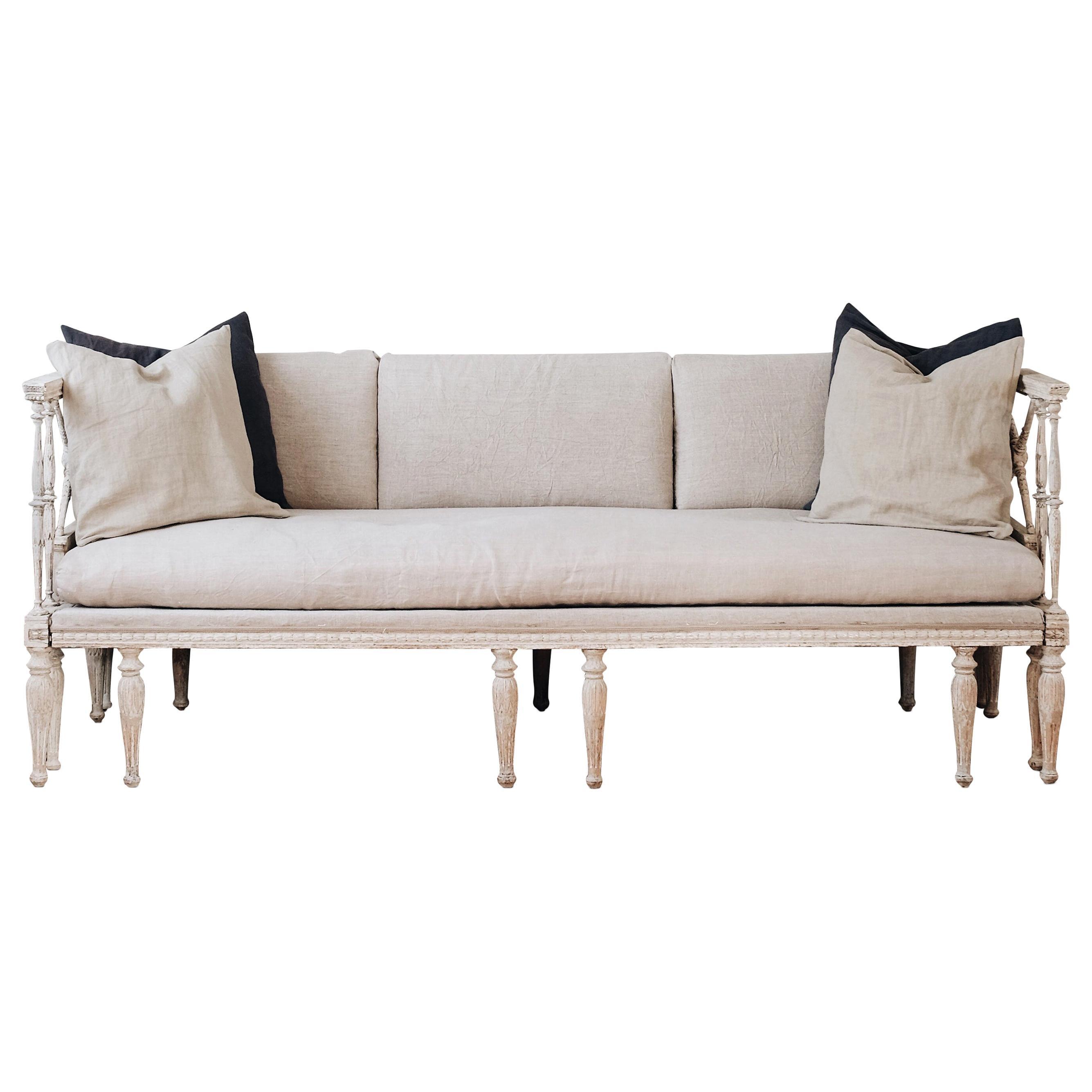 Fine 19th Century Gustavian Daybed Sofa