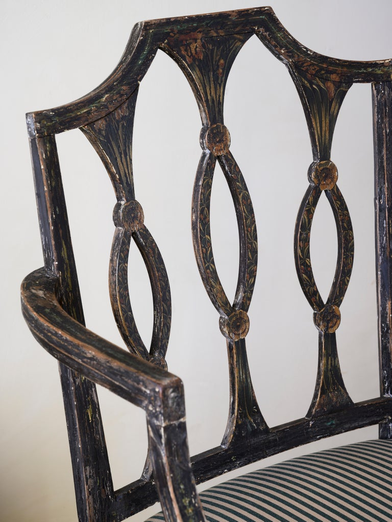 Fine 19th Century Swedish Early Empire Armchair In Good Condition For Sale In Helsingborg, SE