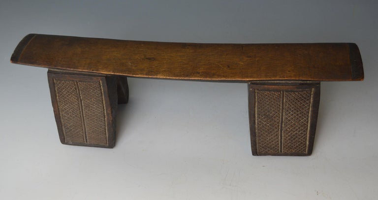 A fine Zulu head rest South Africa,