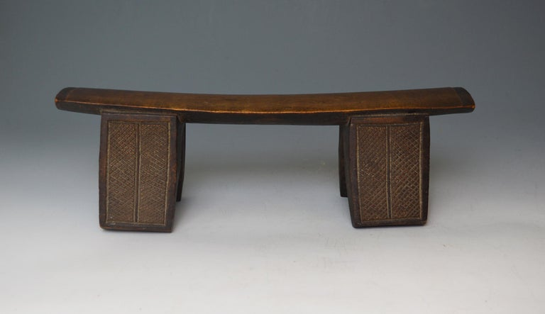 Fine African Tribal Fine Antique Zulu Headrest Neck Rest South Africa In Good Condition For Sale In London, GB