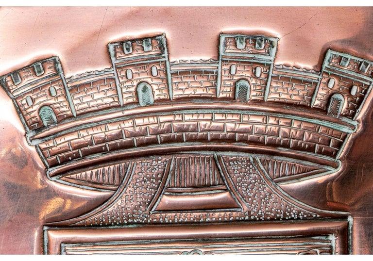 Fine and Decorative 19th Century French Repoussé Copper Lavabo For Sale 2