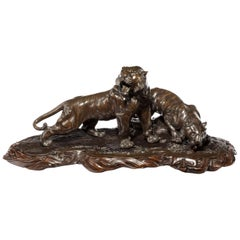 Fine and Large Meiji Period Bronze of Two Tigers by Genryusai Seiya